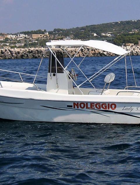 Lady 5.9 Locazione barca max 7 passeggeri (40 cv) NO PATENTE NAUTICA