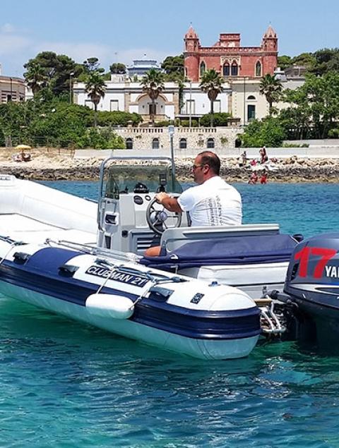 Escursione esclusiva gommone con skipper max 10 pers